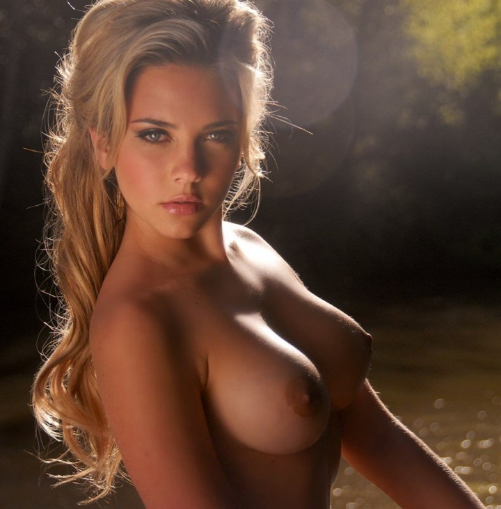 Hot sexy horny naked blonde girls
