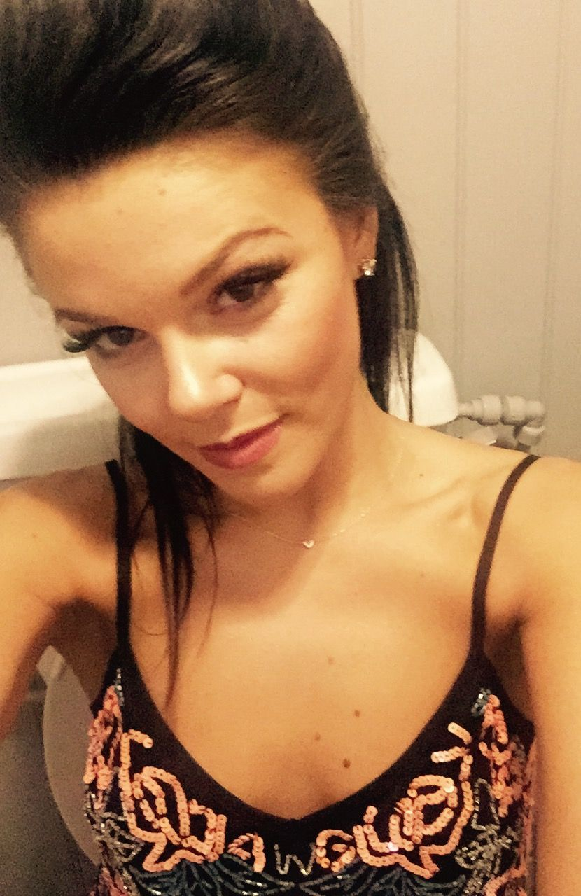 Faye-Brookes-Leaked-1-thefappening_nu_195cf7a.jpg