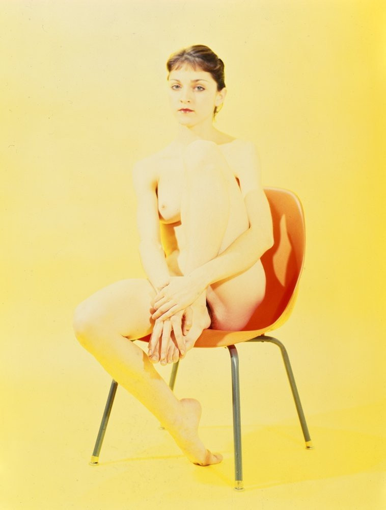 Madonna-Young-Naked-022d57320e1c2085d8.jpg