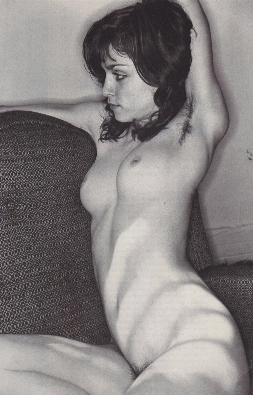 Madonna-Young-Naked-061d0c33ac238a426e5.jpg