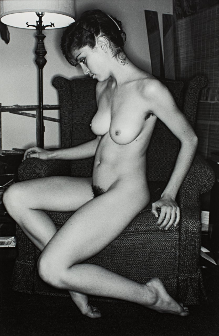Madonna-Young-Naked-071d3acae5513cb1cce.jpg