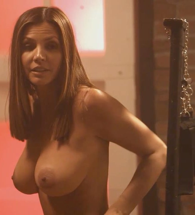 Charisma-Carpenter-Naked-001---TheFappening.nu746686060b2e0f02.jpg