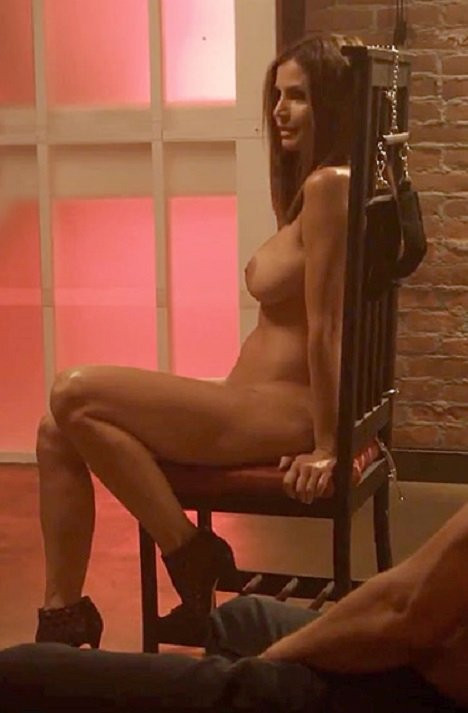 Charisma-Carpenter-Naked-002---TheFappening.nu3f2fac8949114045.jpg