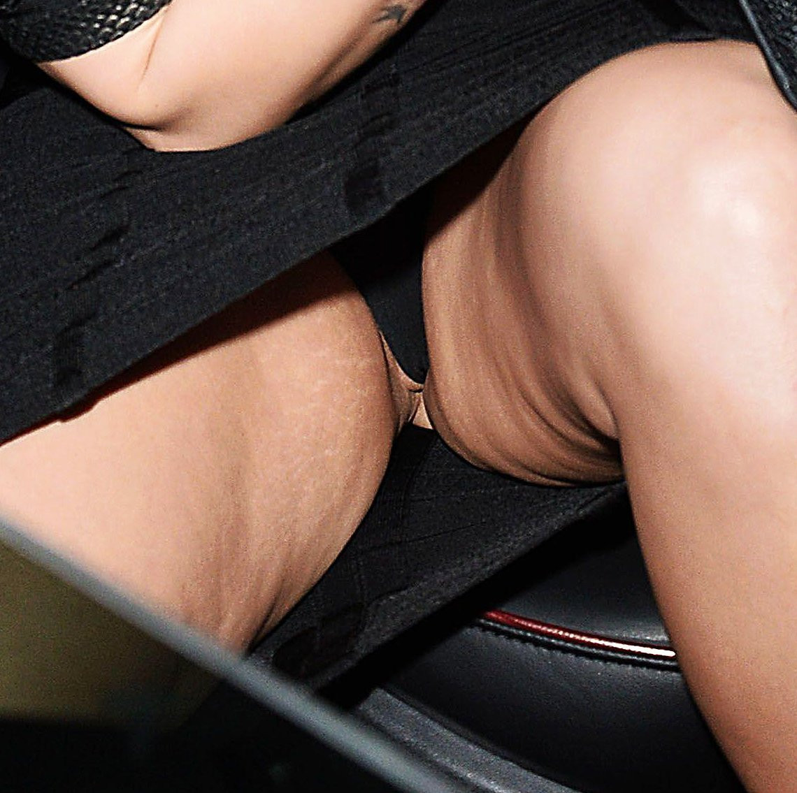 Demi-Lovato-Pussy-001---TheFappening.nu1c61b9af4860ebbe.jpg