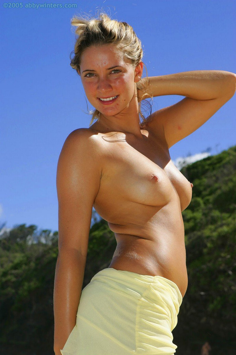 Hermione-Way-Naked-066---TheFappening.nu8374dacac2e1d557.jpg