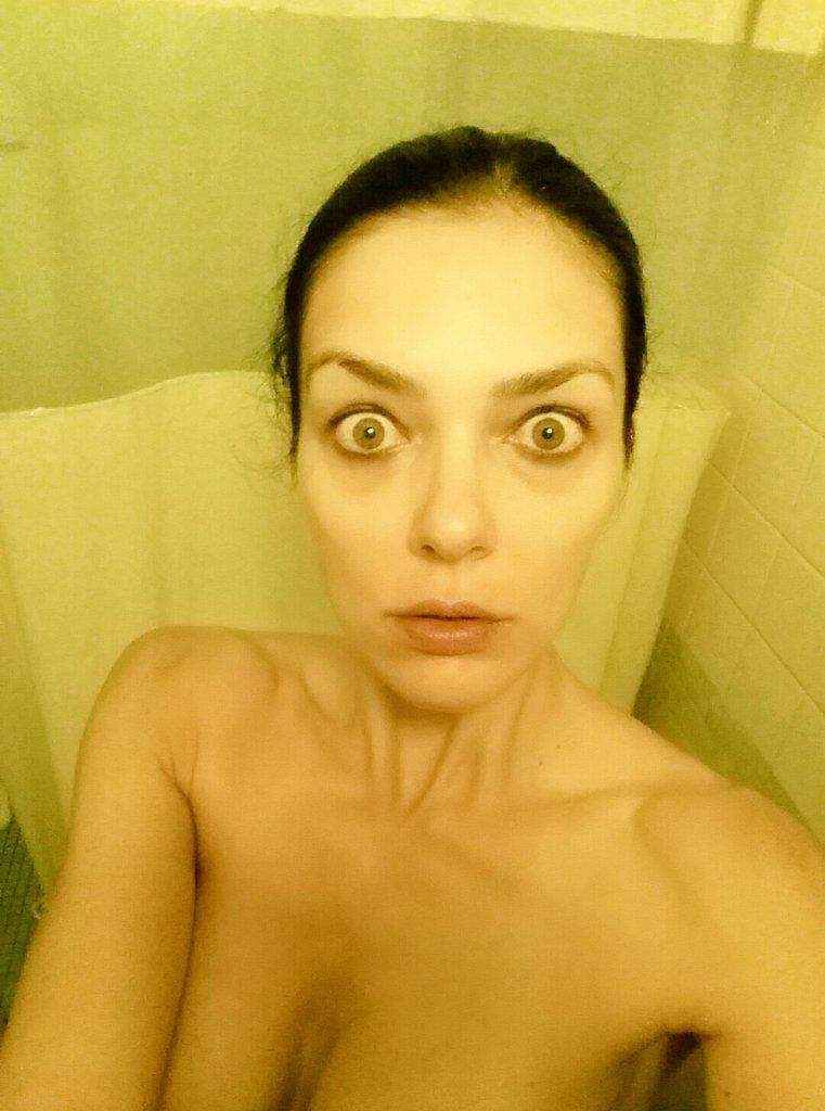 Adrianne-Curry-Naked-05---TheFappening.nub4071091956bcabe.jpg