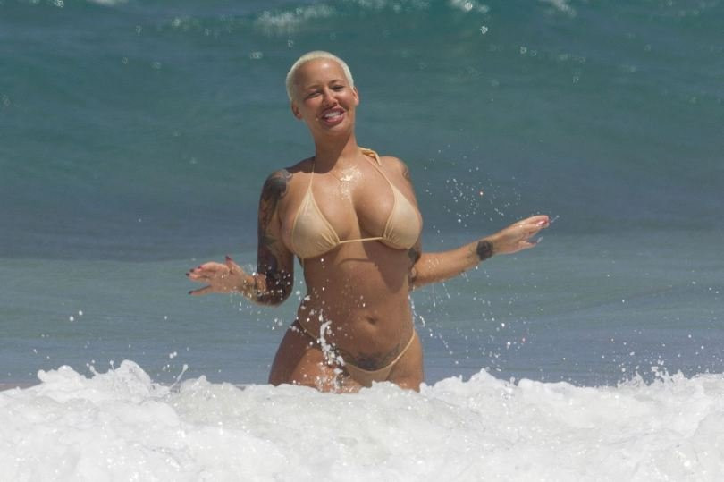 Amber Rose Topless 18 TheFappening.nu