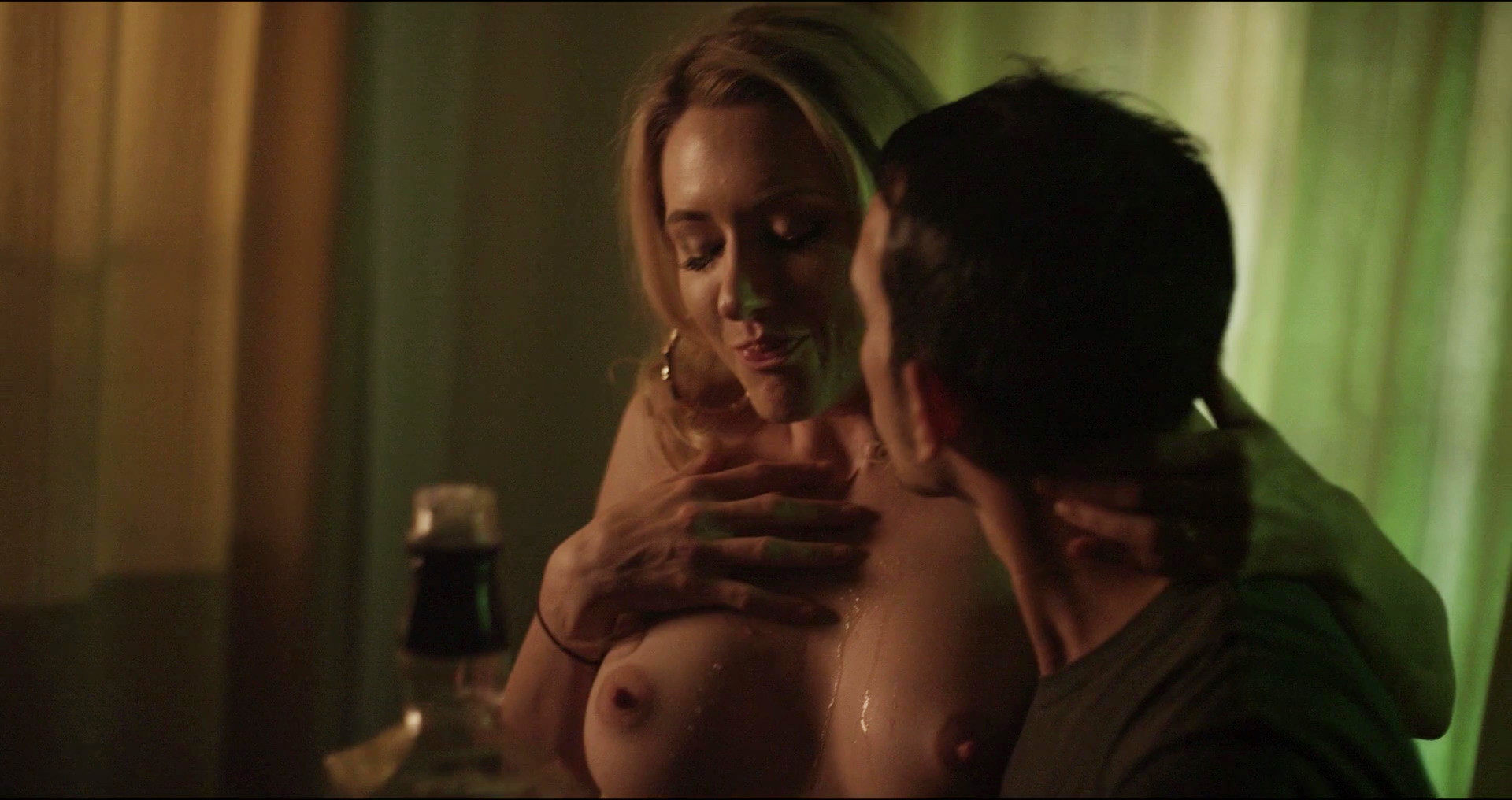 Andrea Lowell Topless 4 TheFappening.nu