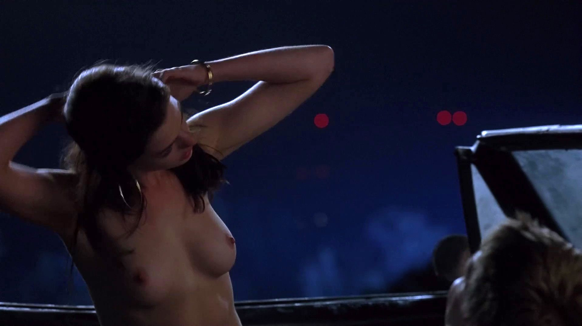 Anne Hathaway Nude 2 TheFappening.nu
