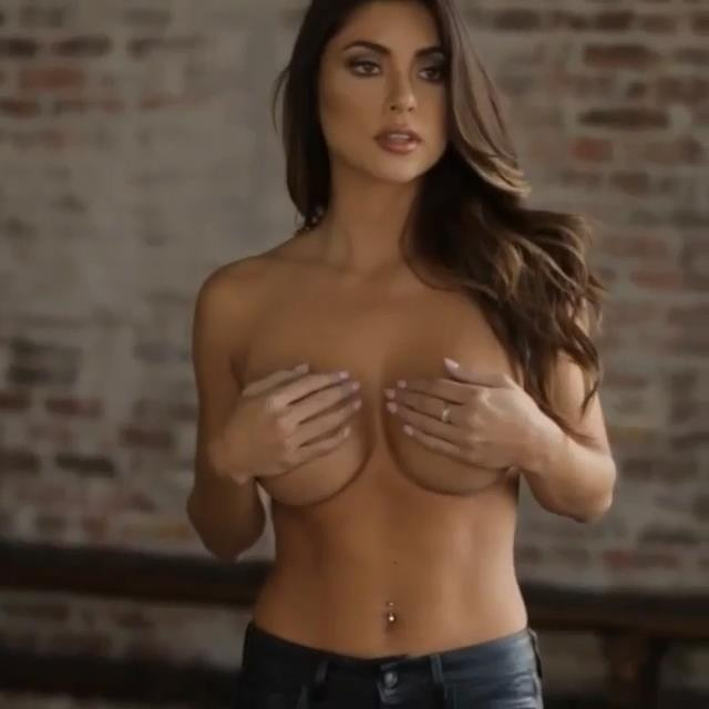 Arianny Celeste Topless 2 TheFappening.nu