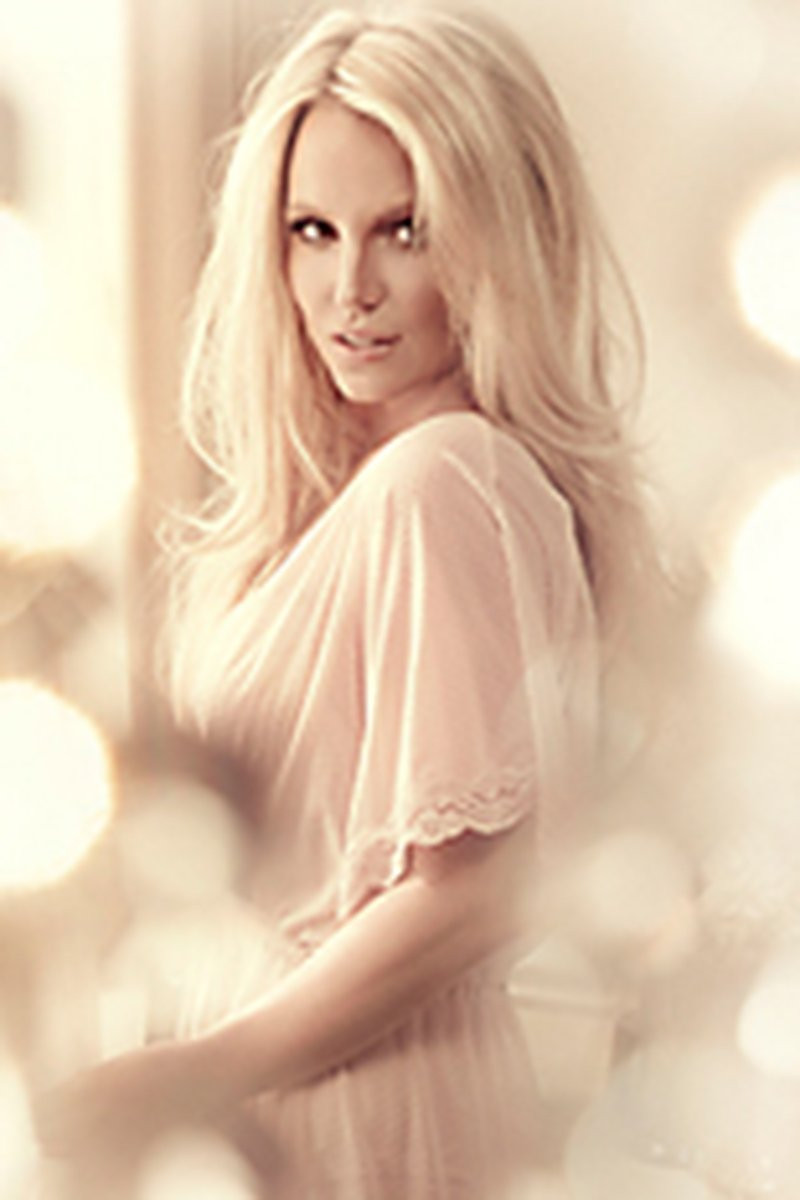 Britney Spears in Lingerie 10 TheFappening.nu