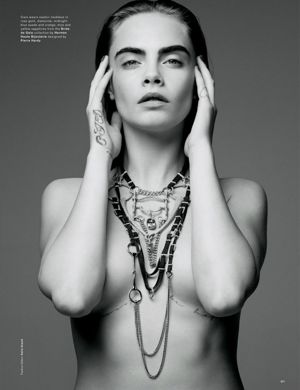 Cara-Delevingne-Kendall-Jenner-in-Love-Magazine-07---TheFappening.nu7facaad19653e428.jpg