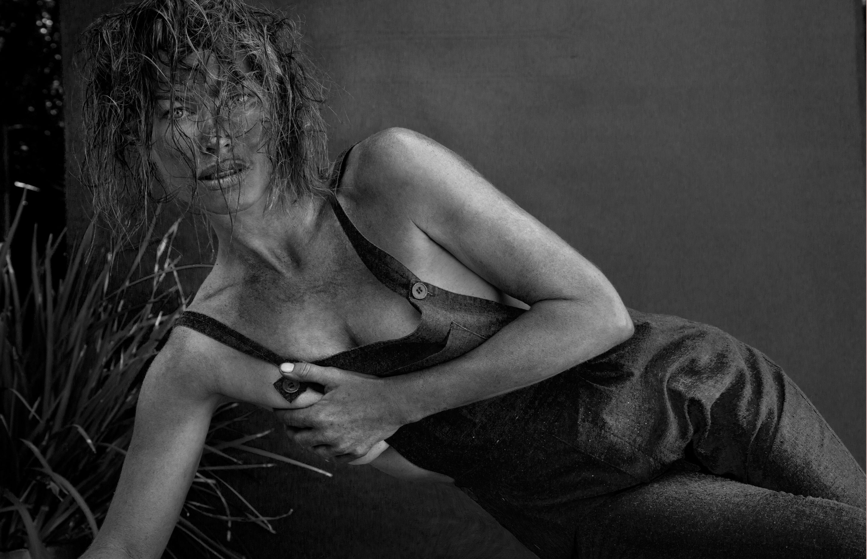 Carre Otis Topless 5 TheFappening.nu