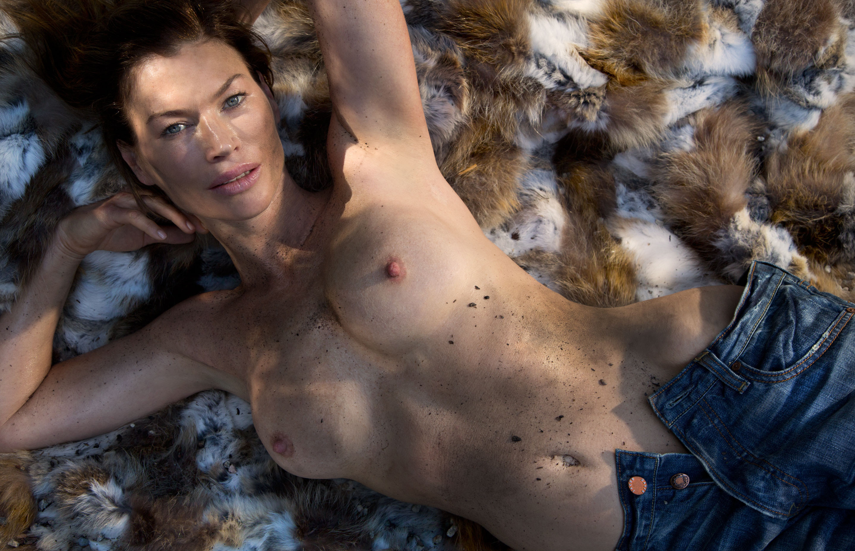Carre Otis Topless 6 TheFappening.nu