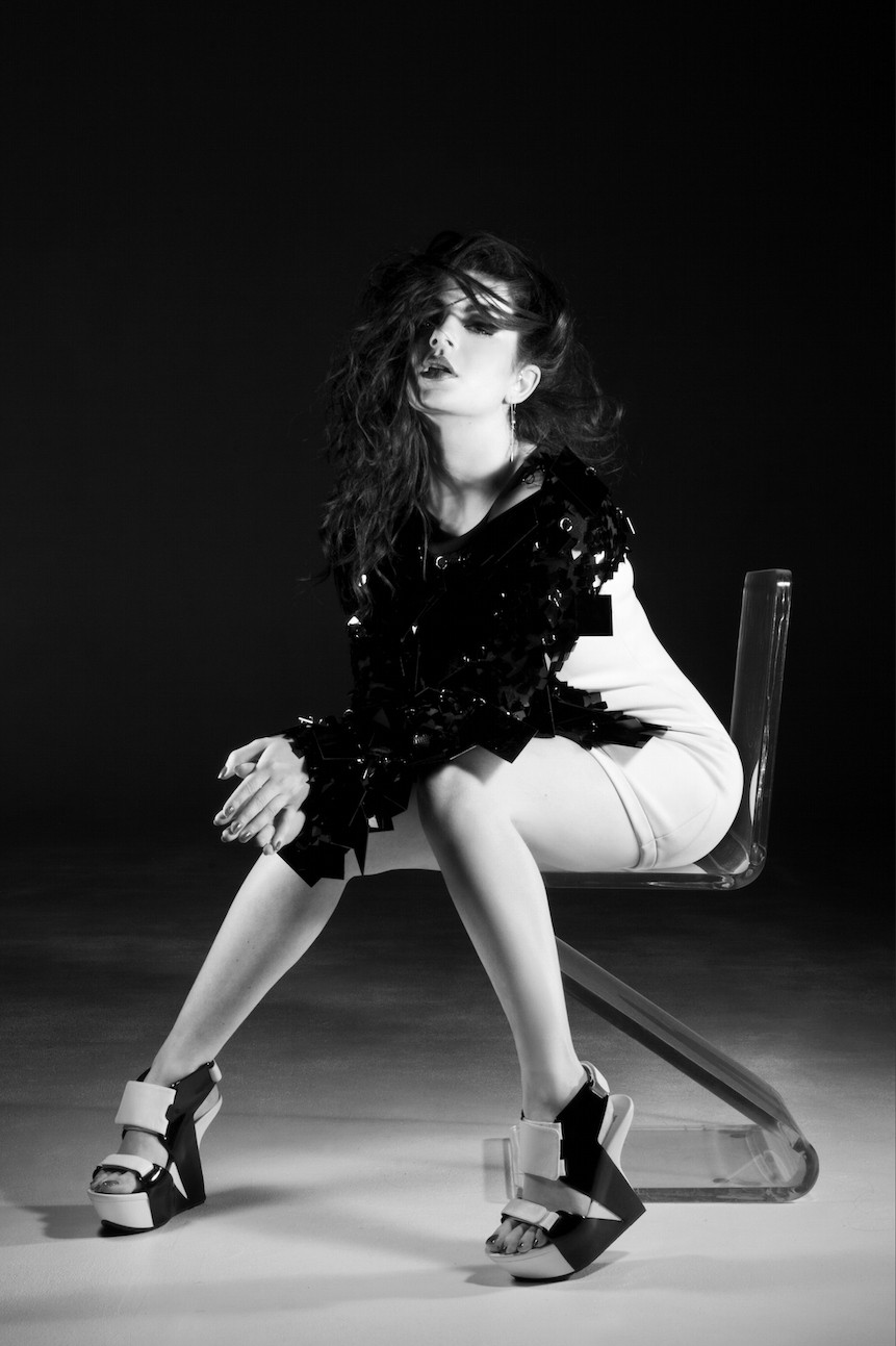 Charli XCX Naked 4 TheFappening.nu