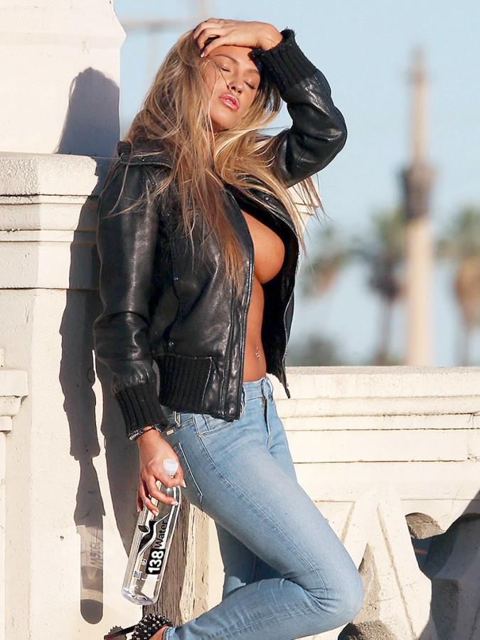 Charlie Riina Topless 5 TheFappening.nu