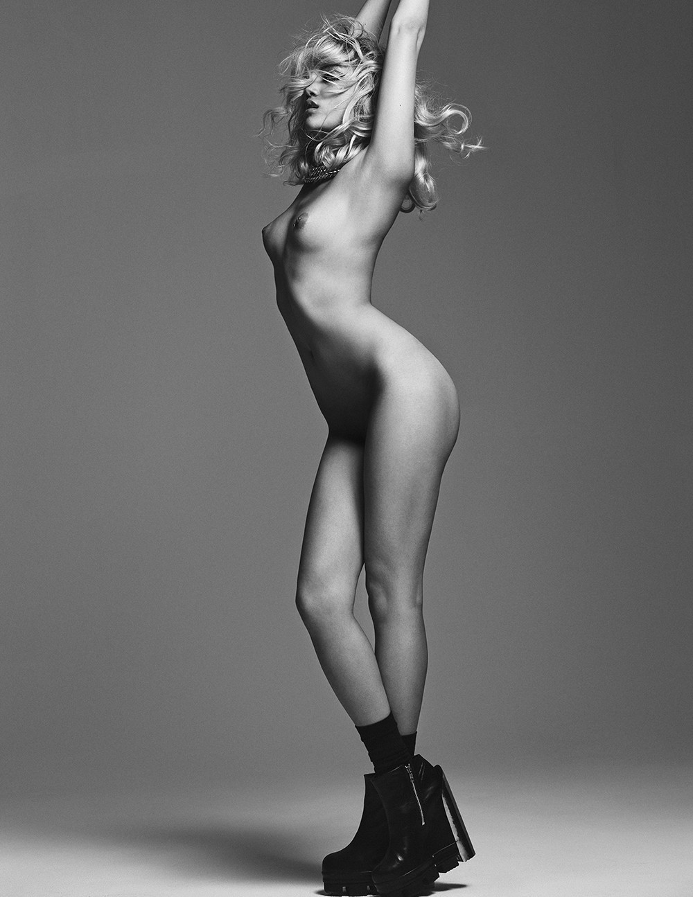 Charlotte Carey Topless 2 TheFappening.nu