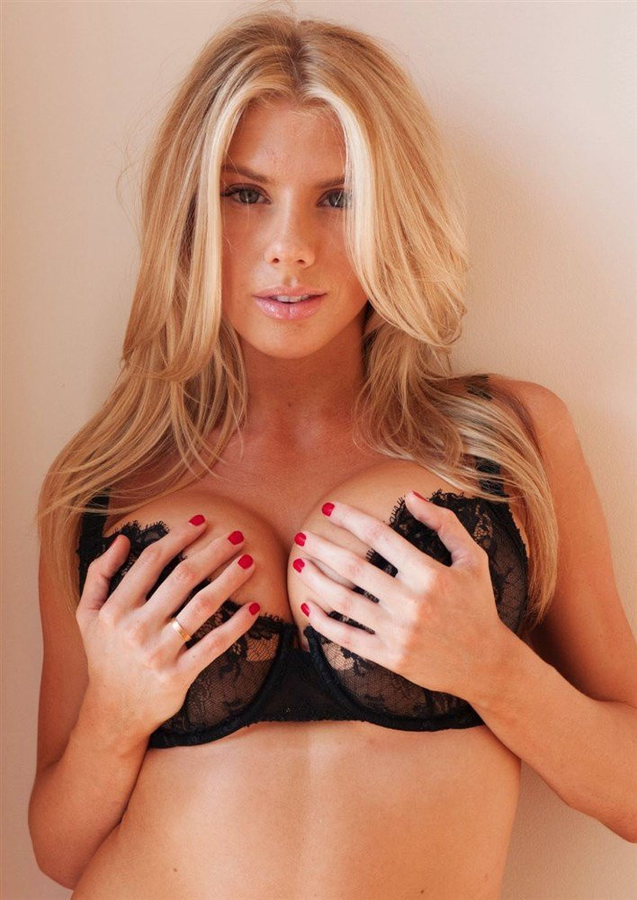 Charlotte McKinney Topless 10 TheFappening.nu