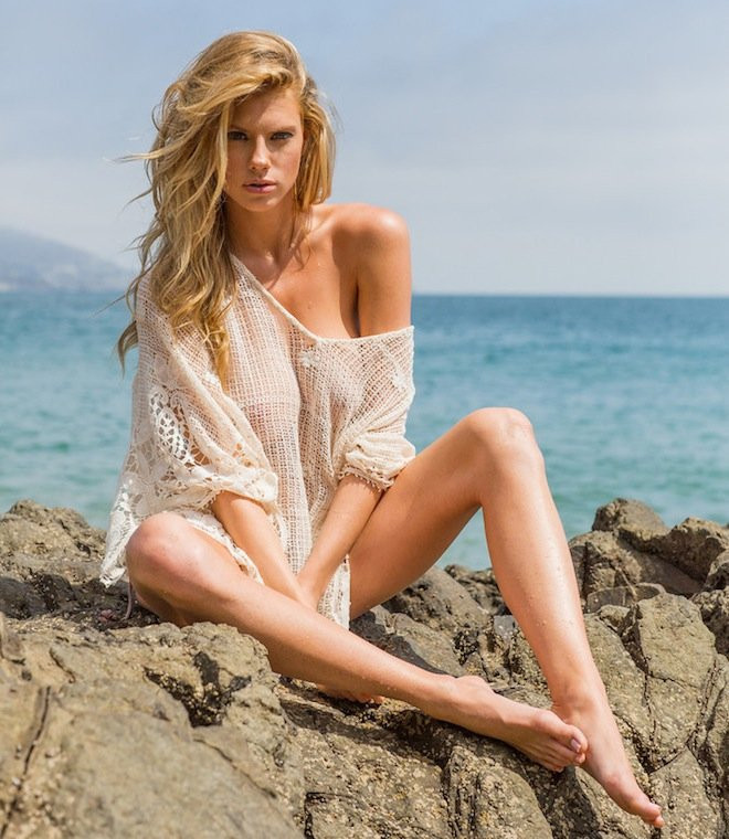 Charlotte McKinney Topless 18 TheFappening.nu
