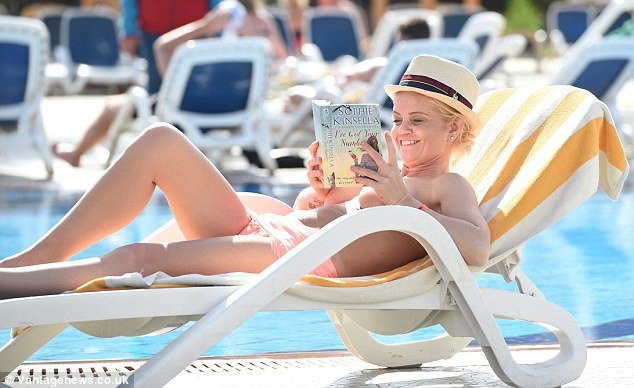 Danniella Westbrook Topless 08 TheFappening.nu