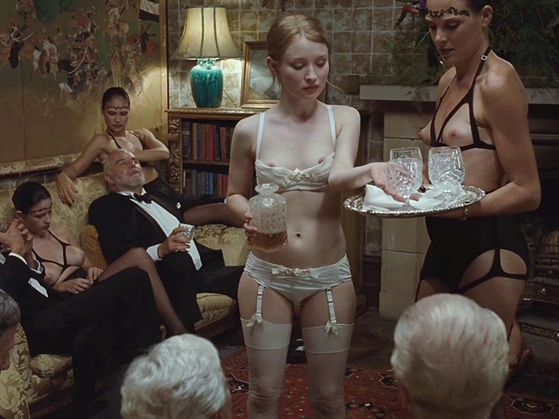 Emily Browning Naked 03 TheFappening.nu