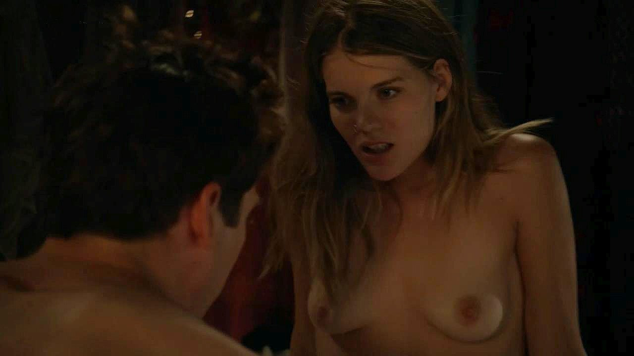 Emma Greenwell Naked 01 TheFappening.nu