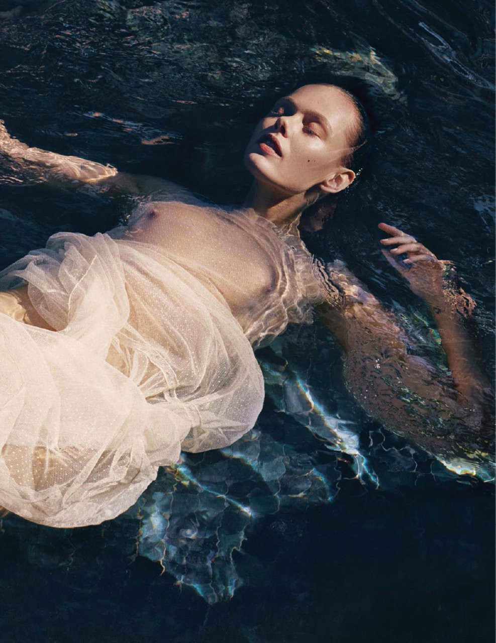 Frida Gustavsson Topless 01 TheFappening.nu