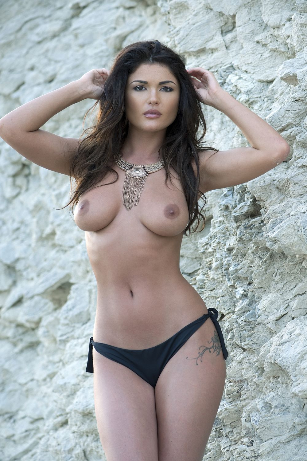 India Reynolds Topless 1 TheFappening.nu