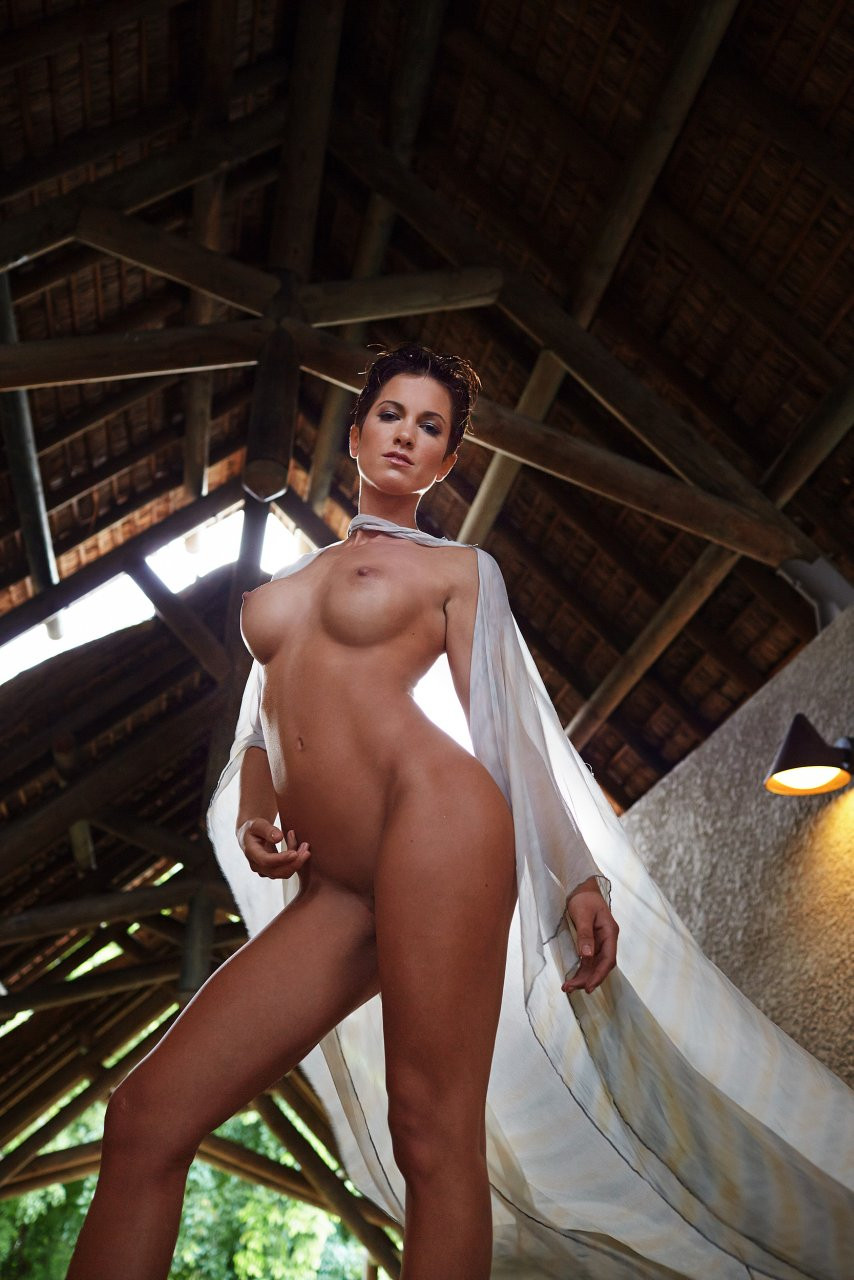 Isabell Horn Naked 09 TheFappening.nu