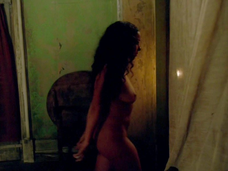 Jessica Parker Kennedy Naked 15 TheFappening.nu