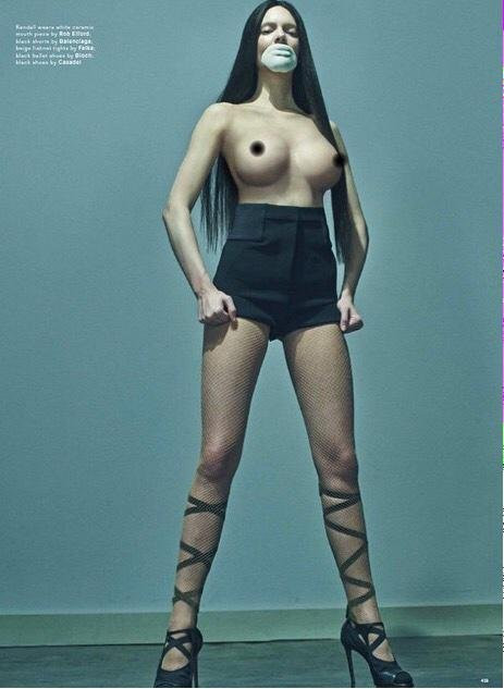 Kendall Jenner Topless 01 TheFappening.nu