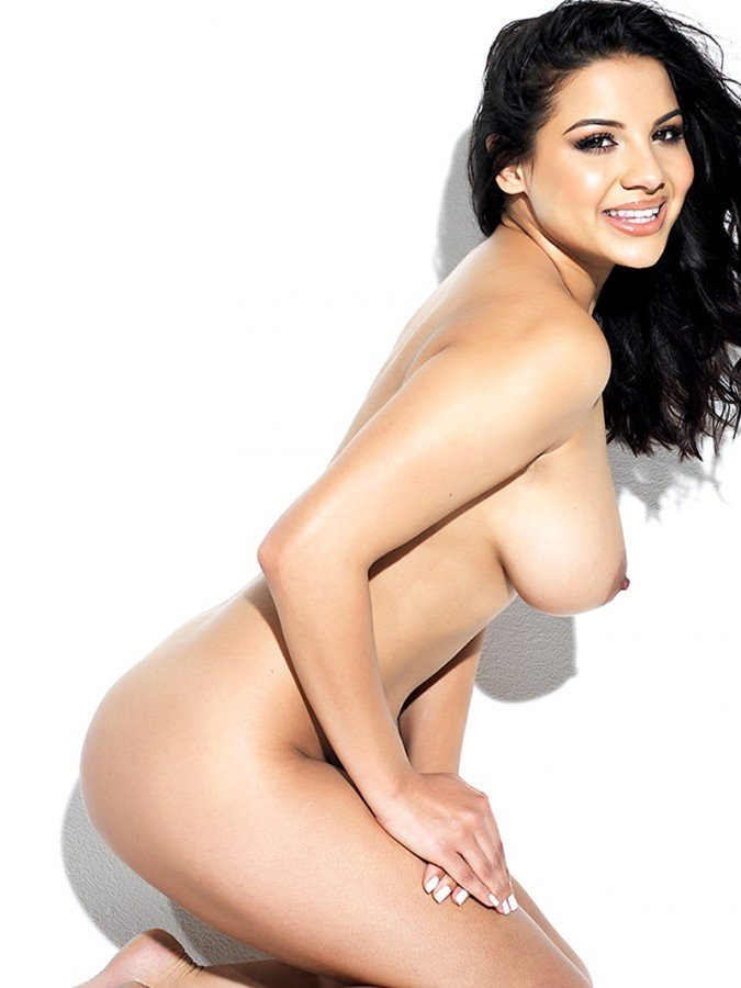 Lacey Banghard Naked 03 TheFappening.nu