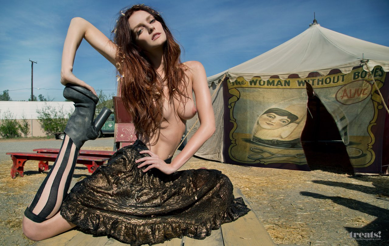 Lydia Hearst Naked 03 TheFappening.nu