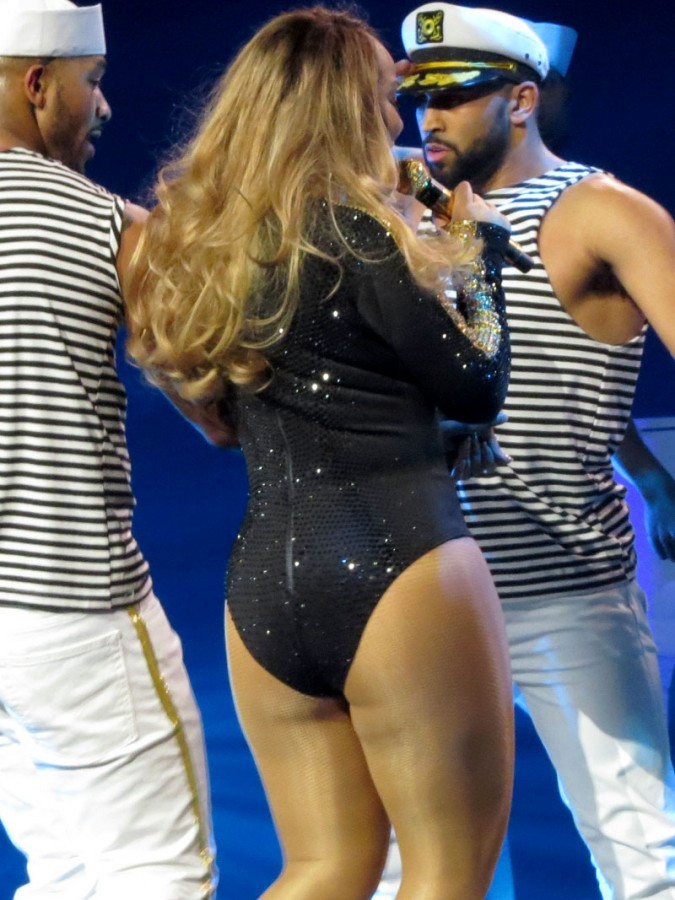 Mariah Carey Flashes Panties During Vegas Performance 04 675x900 TheFappening.nu