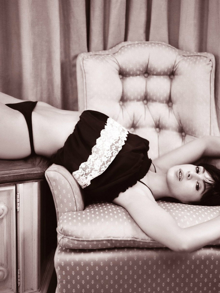 Monica-Bellucci-Naked-08---TheFappening.nuecba637647e636d1.jpg