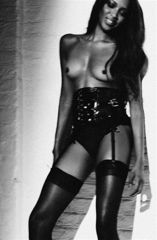 Naomi Campbell Naked 01 TheFappening.nu