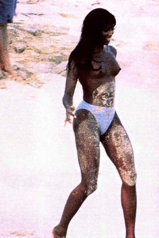 Naomi Campbell Naked 27 TheFappening.nu