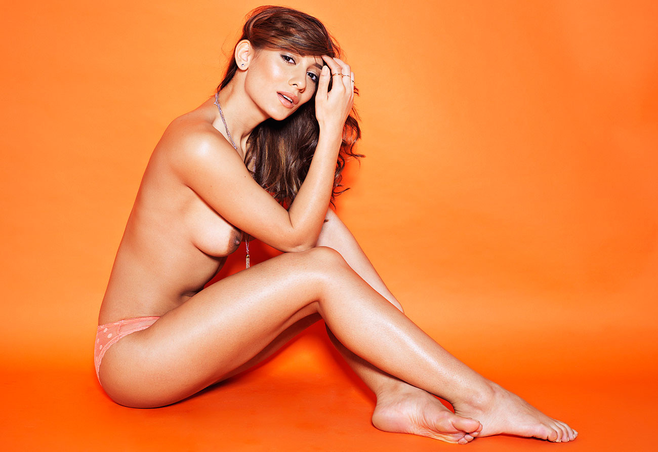 Nicola Paul Topless 31 TheFappening.nu