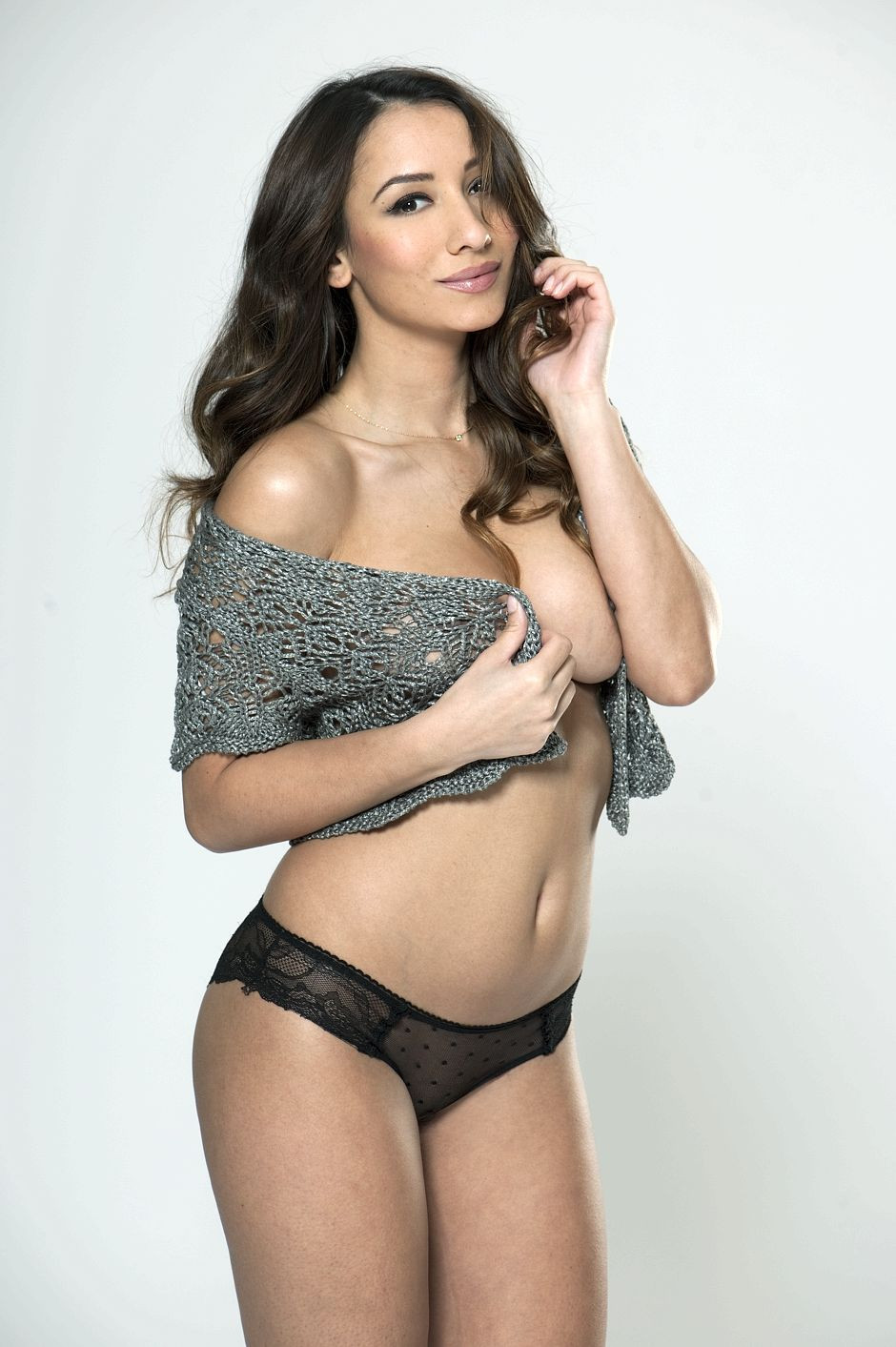 Nicola Paul Topless 8 TheFappening.nu