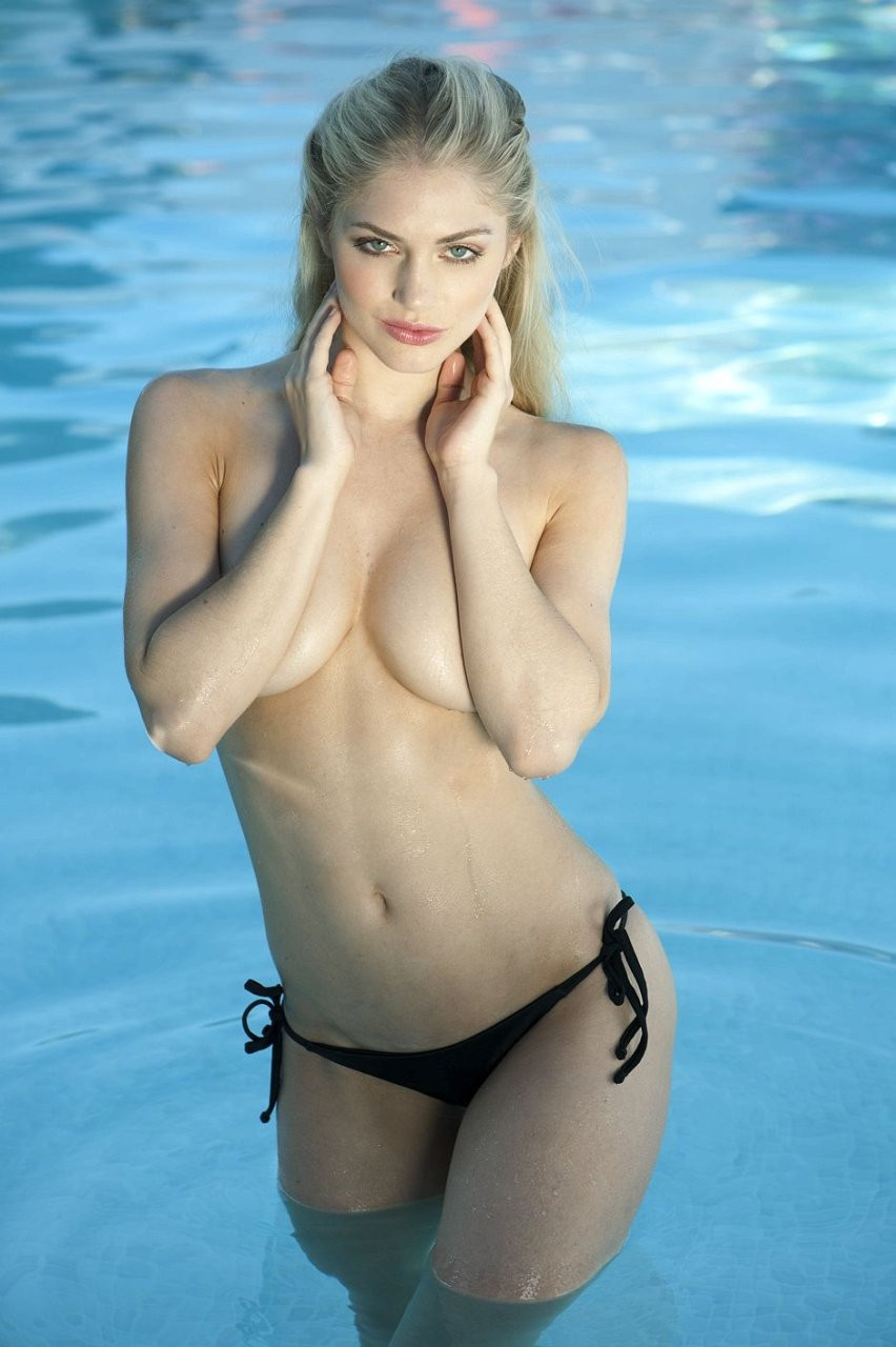 Nicole Neal Topless 02---TheFappening.nu3c7d630a1c55436f.jpg