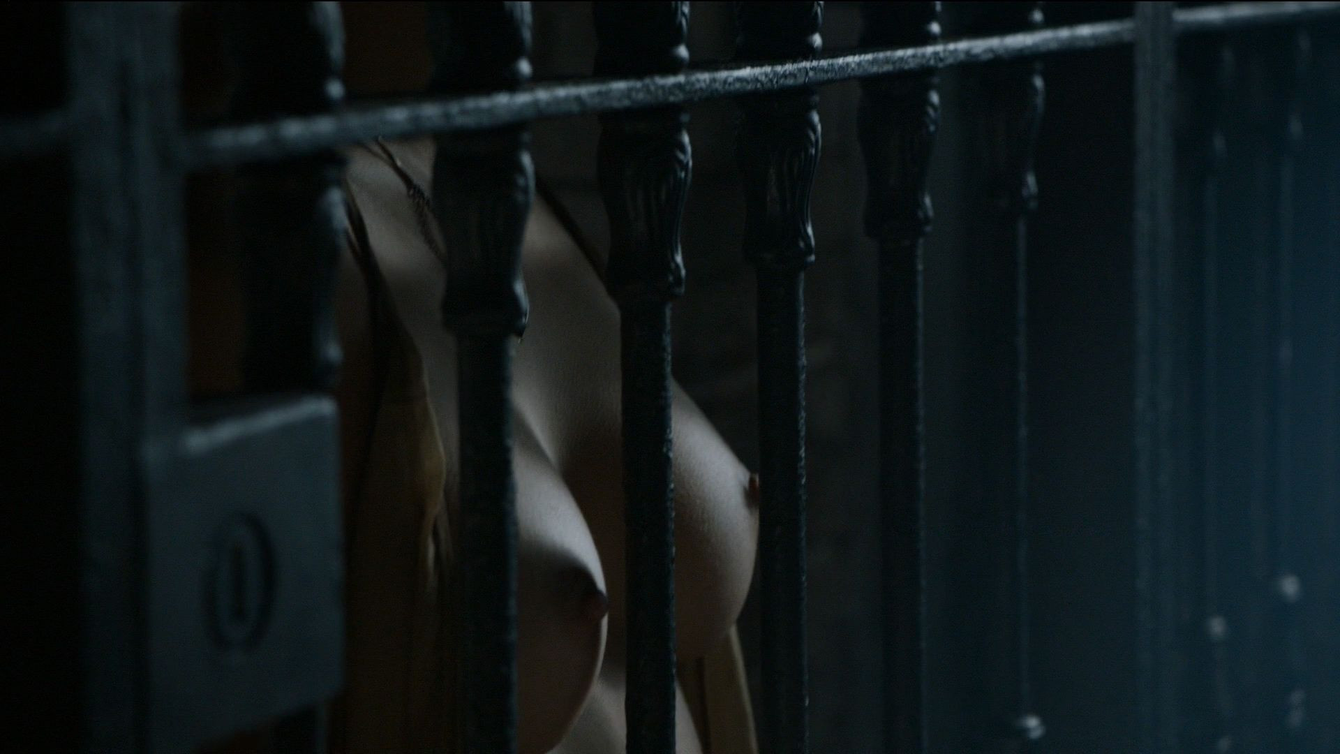 Rosabell Laurenti Sellers Topless 4 TheFappening.nu