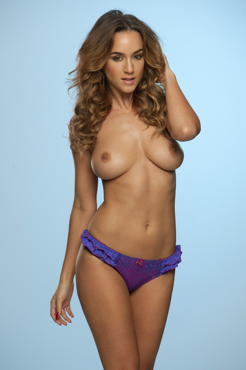 Rosie Jones Topless 01 TheFappening.nu