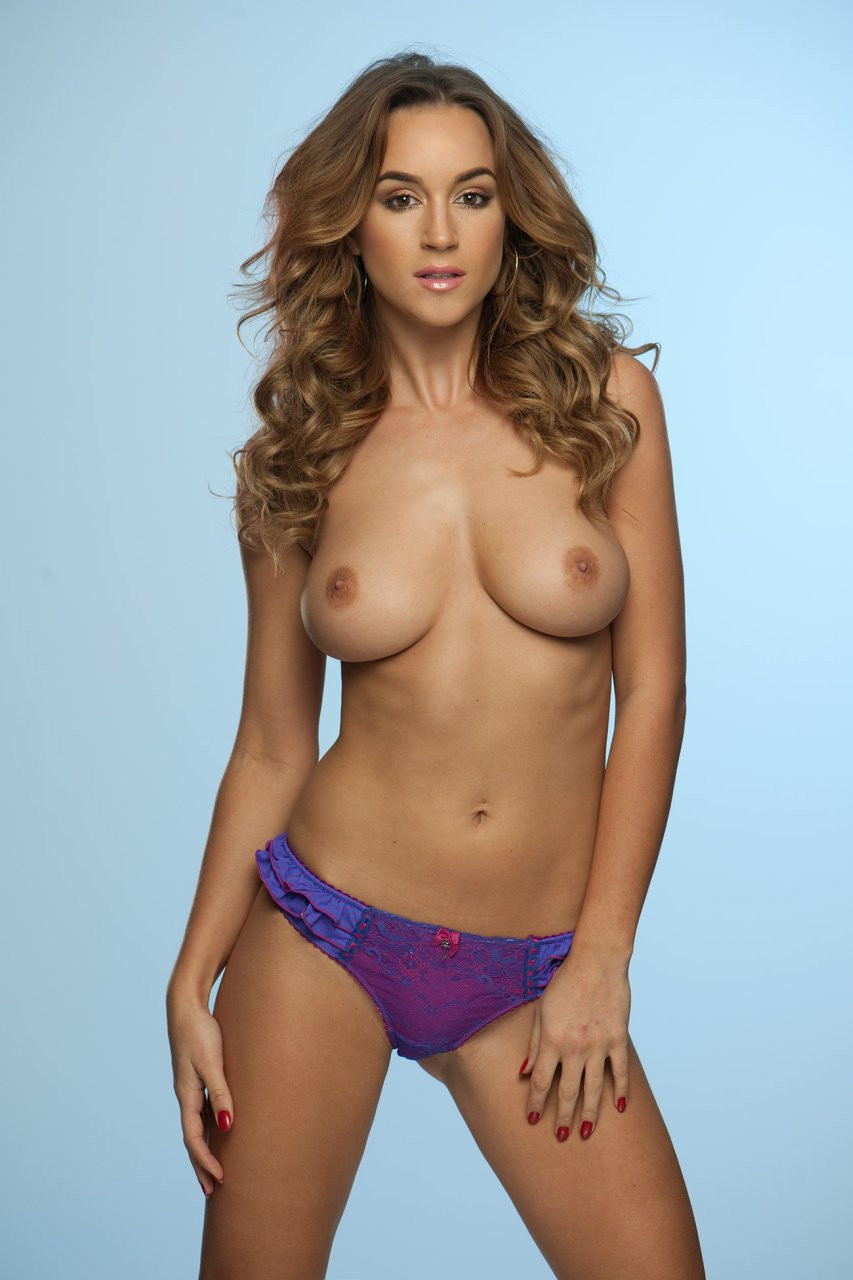 Rosie Jones Topless 02 TheFappening.nu