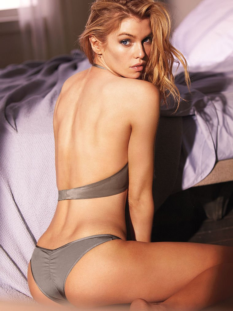 Stella Maxwell in Lingerie 12 TheFappening.nu
