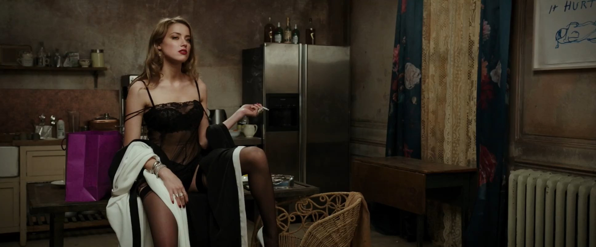 Amber Heard Nude and Sexy TheFappening.nu 298e9aa651bf58541f.jpg