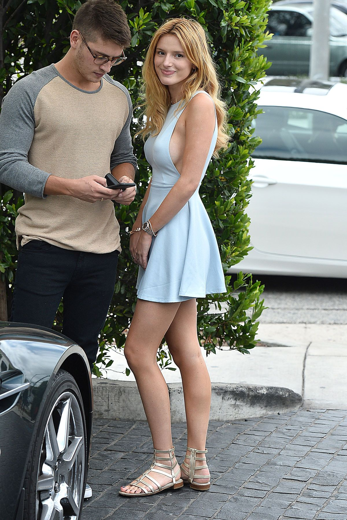 Bella Thorne Braless 23 TheFappening.nu