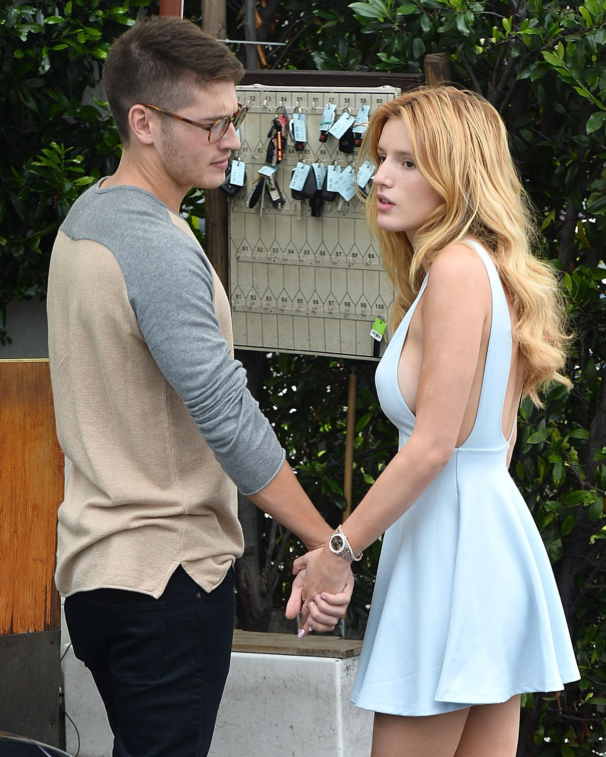 Bella Thorne Braless 35 TheFappening.nu