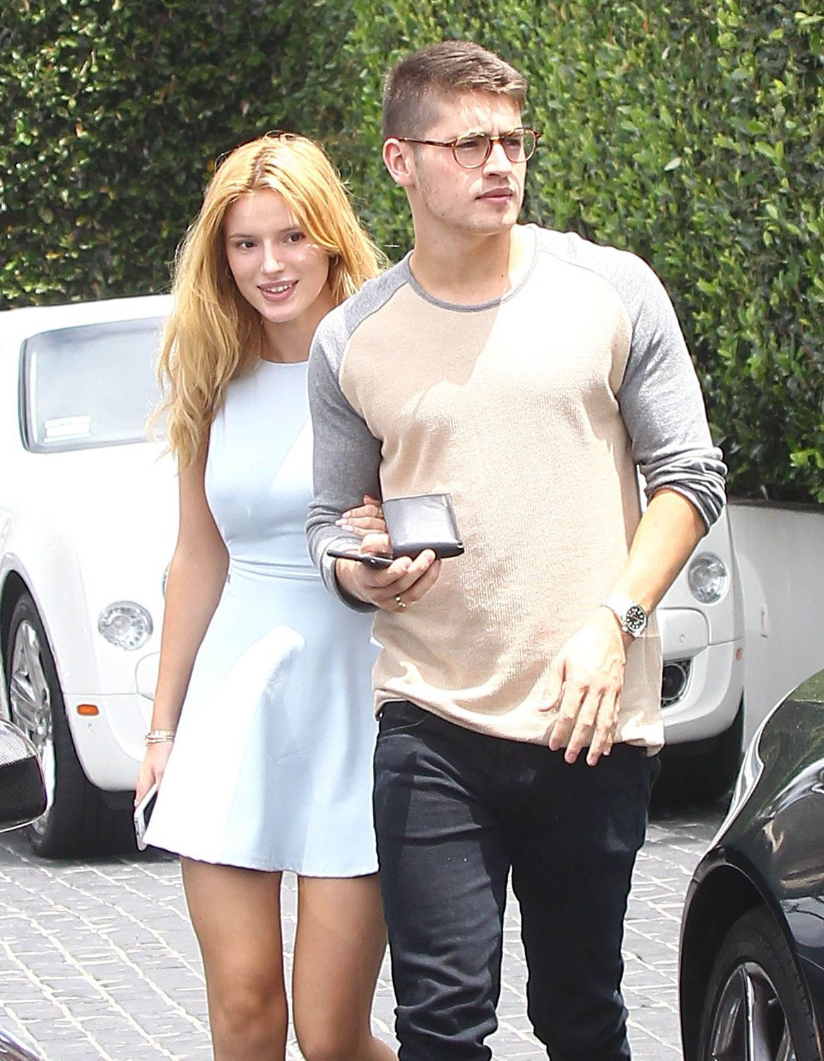 Bella Thorne Braless 4 TheFappening.nu