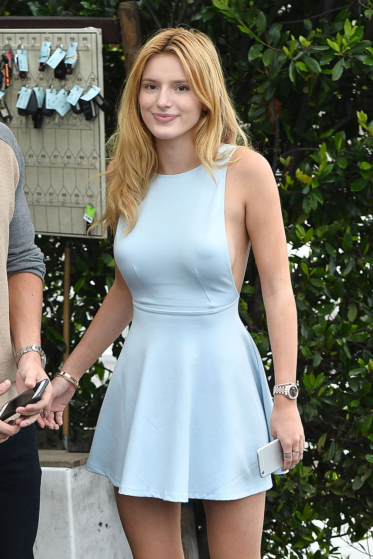 Bella Thorne Braless 44 TheFappening.nu