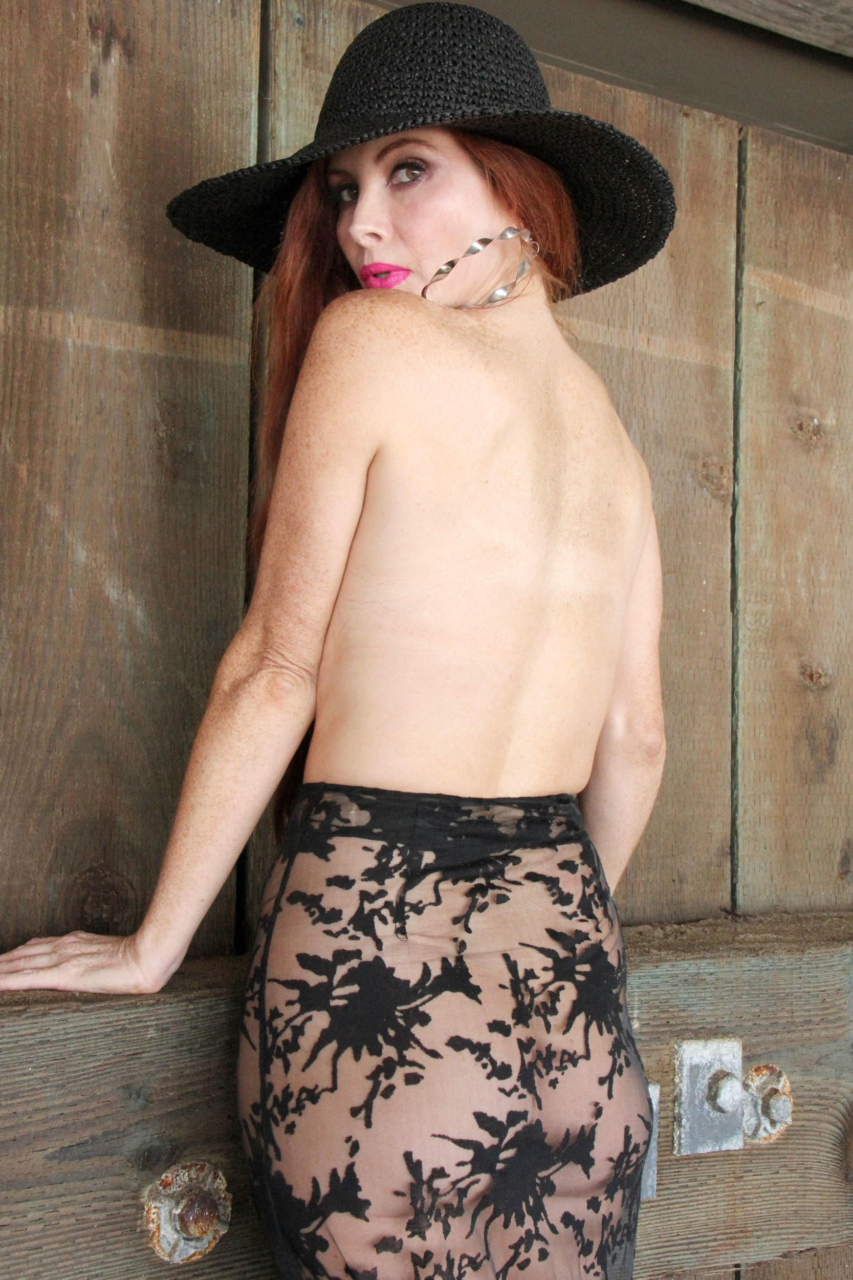 Phoebe Price Topless 8 TheFappening.nu